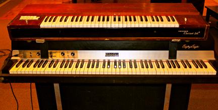 Vintage Keys 1